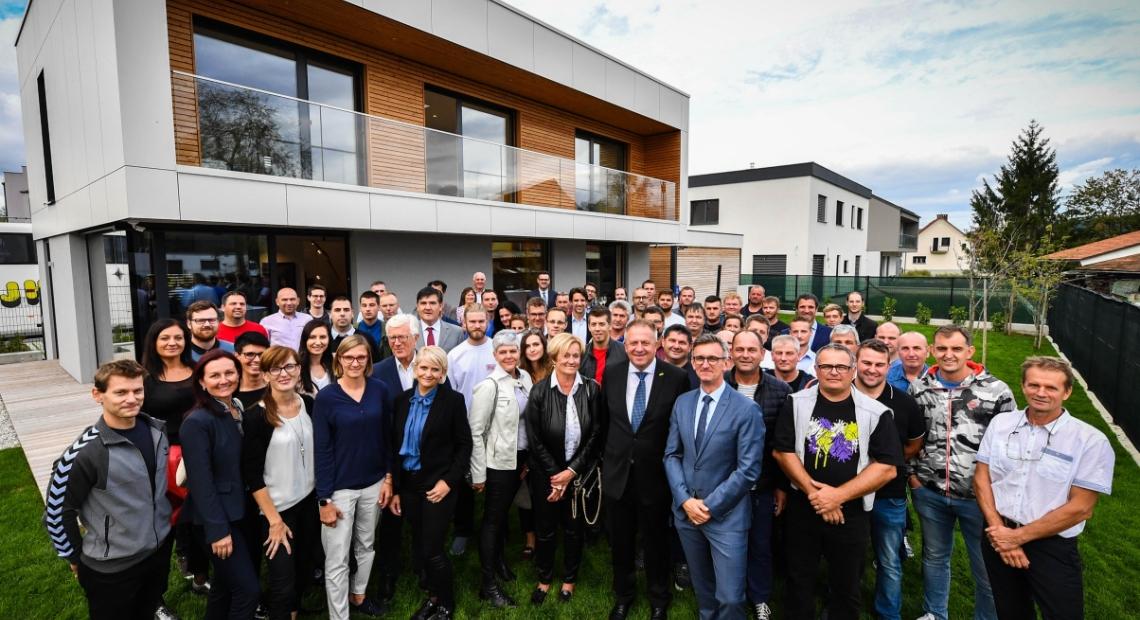 Lumar - Uradno odprli prvo slovensko hišo s certifikatom Active House