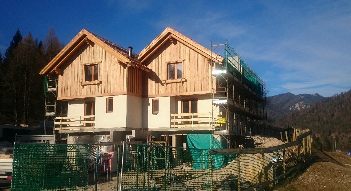 Lumar - V Trbižu gradimo naselje dvojčkov